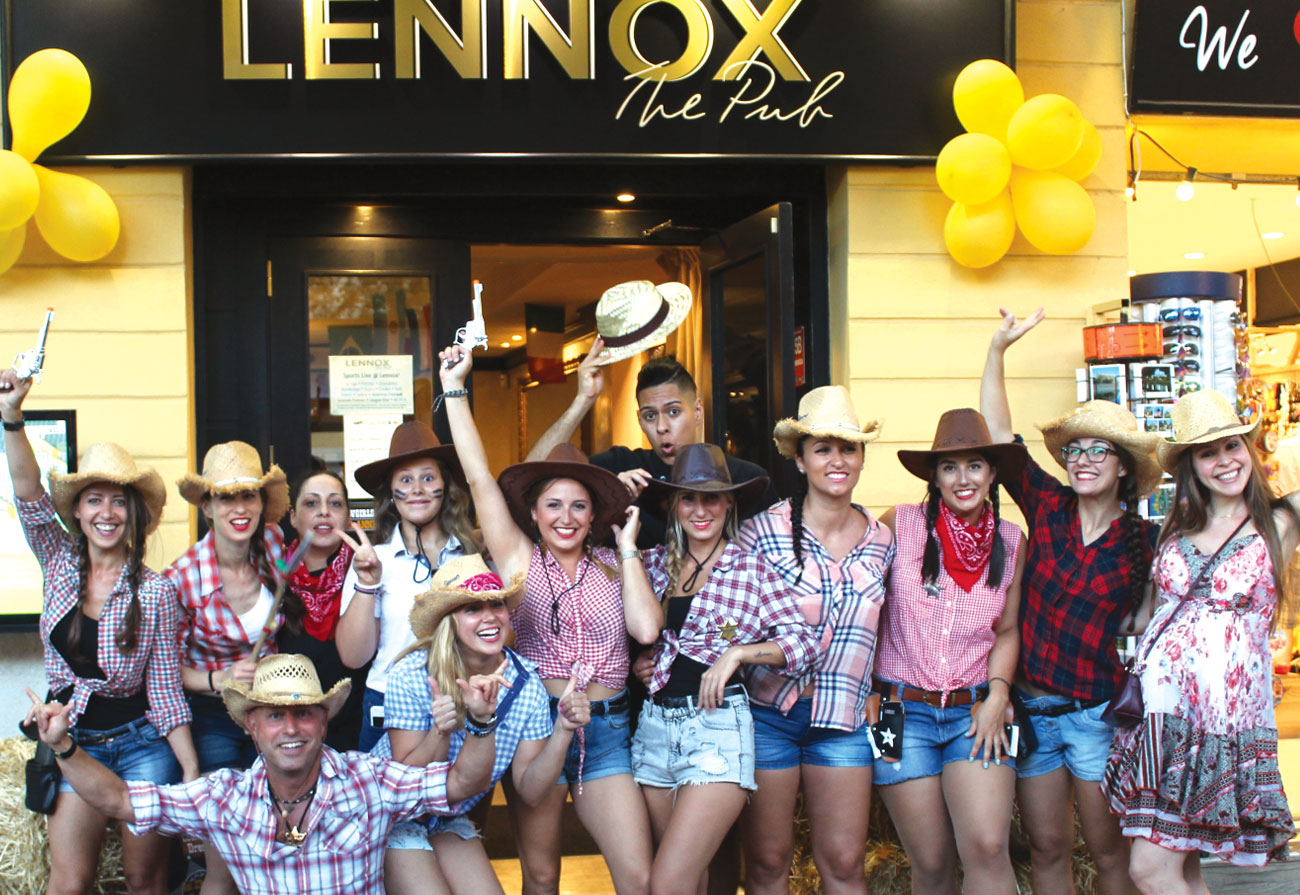 lennox-the-pub-mallorca-barcelona-cocktails-burgers-party-champios-league