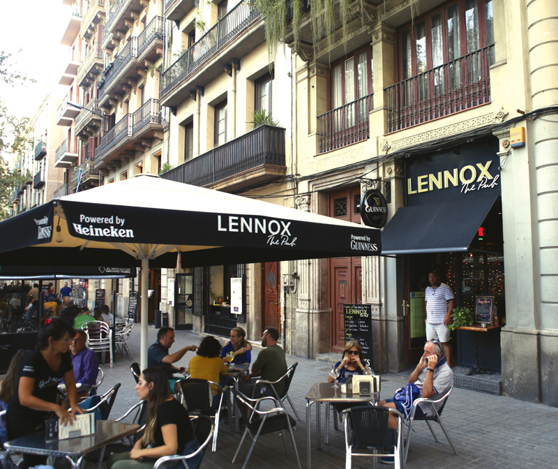 lennox-the-pub-barcelona-palma-de-mallorca-born-sports-bar-rugby