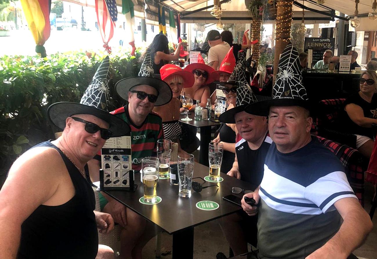 lennox-the-pub-palma-de-mallorca-barcelona-guinness-life-sport-halloween-lunch-terrace