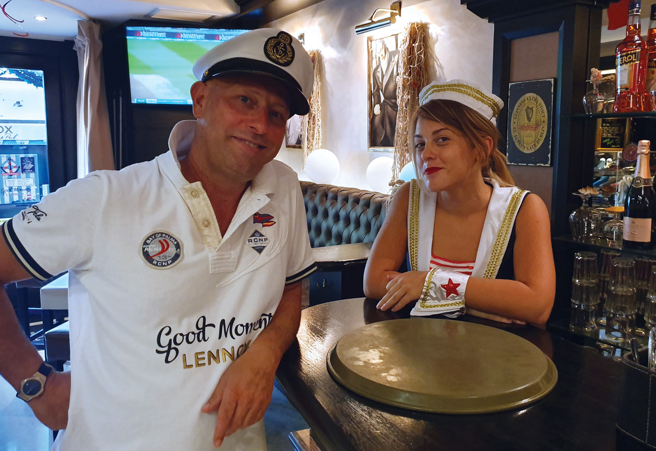 lennox-the-pub-palma-de-mallorca-barcelona-spain-good-moments-lunch