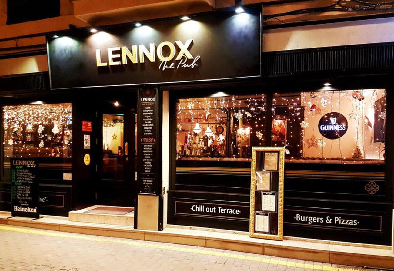 lennox-the-pub-barcelona-palma-de-mallorca-irish-spain-christmas-guinness-live-sports-chill-out-terrace-music