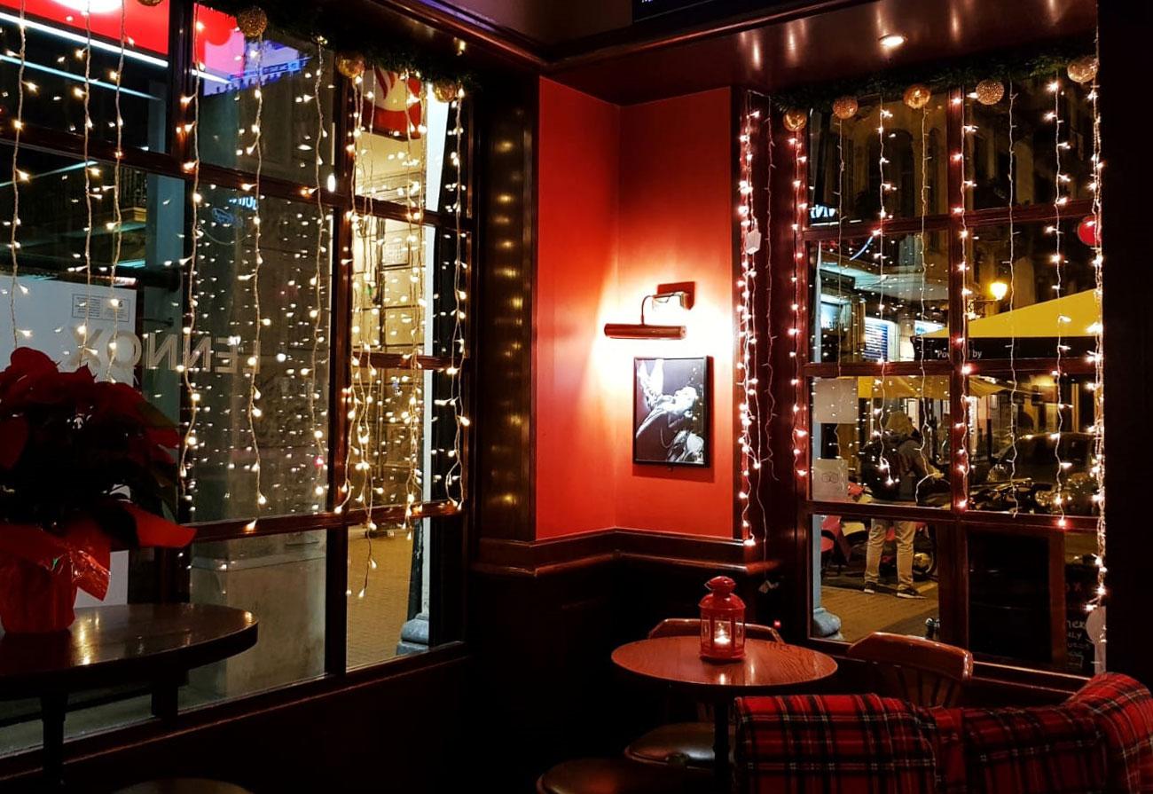 lennox-the-pub-barcelona-palma-de-mallorca-irish-spain-christmas-guinness-live-sports-cocktails