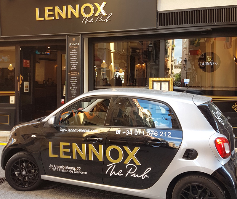 lennox-the-pub-barcelona-palma-de-mallorca-spain-brand-live-sports2