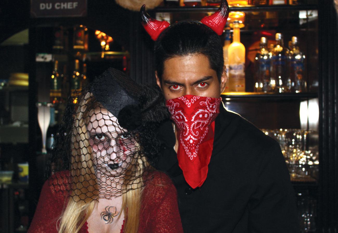 lennox-the-pub-barcelona-palma-de-mallorca-spain-halloween-guinness-good-moments-mike-bauer