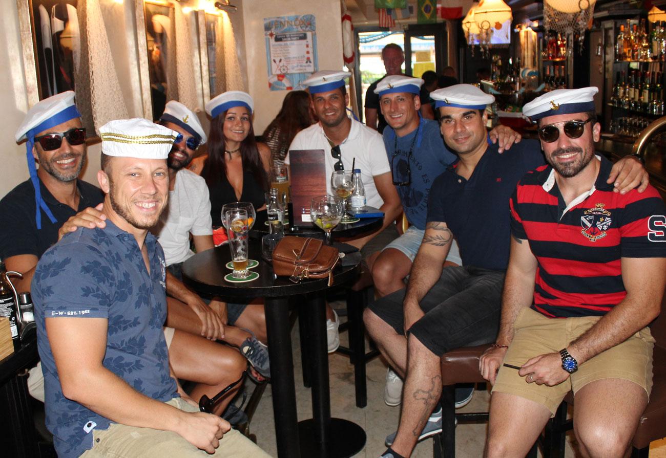 lennox-the-pub-barcelona-palma-de-mallorca-spain-terrace-tapas-guinness-good-moments-live-sports-rugby